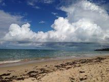 Пляж с дождем Стоковое Изображение RF