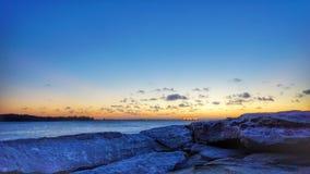 Пляж утеса камня песка в заливе Сиднее ботаники стоковое изображение