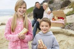 пляж al обедая фреска семьи стоковые изображения