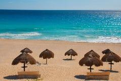 Пляж Cancun мексиканський Delfines тропический в Вест-Инди стоковые изображения rf