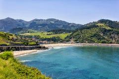 Пляж Deva, провинция Guipuzcoa, Баскония, Испании Стоковые Фото