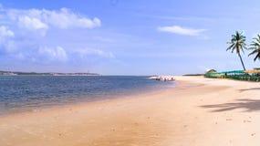 пляж gunga в Maceio стоковое фото