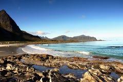 Пляж Lofoten Норвегия берега моря Стоковая Фотография
