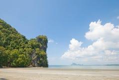 Пляж Mai Jao Стоковое фото RF