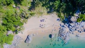 Пляж Nui или спрятанный пляж рая в Пхукете Стоковая Фотография RF