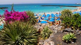 Пляж Playa Dorada в Blanca Playa, Лансароте, Канарских островах стоковая фотография rf