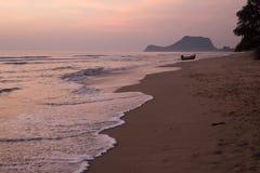 Пляж Pranburi, Prachuap Khiri Khan, Таиланд стоковое фото