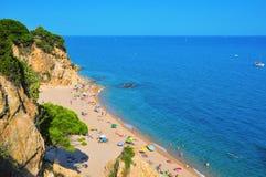 Пляж Roca Grossa Ла в Calella, Испании Стоковое Фото