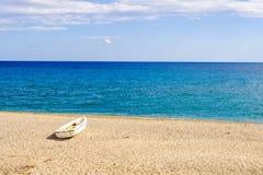 Пляж Roccella Ionica Стоковое Фото