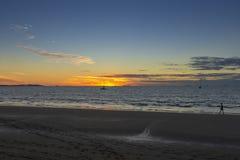 Пляж Wailoaloa захода солнца Стоковое Изображение