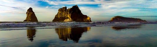 Пляж Wharariki стоковые изображения rf