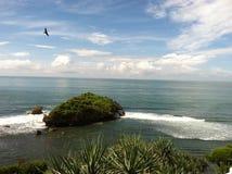 Пляж Wonosari Индонезия Sadranan стоковая фотография