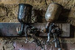 Пневматический вид оружи брызга на стене Стоковые Фото