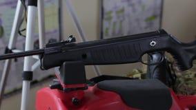 Пневматический крупный план винтовки видеоматериал