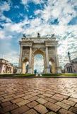 Побежка Porta Sempione della Arco в милане Стоковые Изображения RF