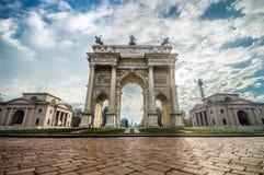 Побежка Porta Sempione della Arco в милане Стоковая Фотография