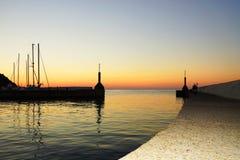 Побережье Италии, Средиземного моря, захода солнца Стоковая Фотография RF