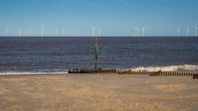 Побережье Северного моря в Caister-на-море, Норфолке, Англии, Великобритании стоковые фотографии rf