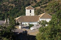 Побеленная церковь в деревне Bubion Стоковая Фотография RF
