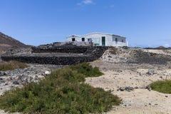 Побеленный Remote остров хаты Fishermen's Стоковые Фотографии RF