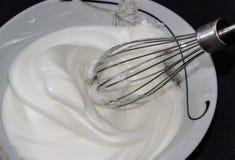 побитые белизны яичка Стоковое фото RF