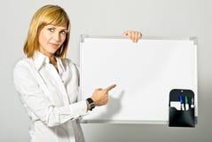 повелительница дела указывая к whiteboard Стоковые Фото