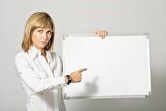 повелительница дела указывая к whiteboard Стоковая Фотография