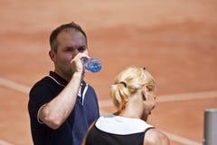 Повелительницы BCR раскрывают главным образом отверстие арены тенниса стоковые фото