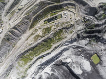 Поверхностная добыча угля в Польше Разрушенная земля над взглядом Стоковая Фотография RF