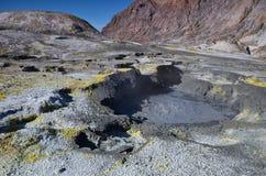 Поверхность кратера действующего вулкана Новая Зеландия Стоковое фото RF