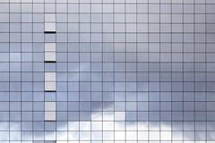 Поверхность стеклянного здания стоковое изображение rf