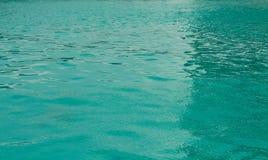 поверхность ‹â€ ‹â€ моря в бассейне Стоковая Фотография RF