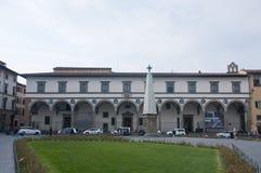 Повесть Santa Maria di аркады в Флоренсе с предпосылкой в Стоковое Фото