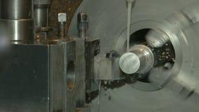 Поворачивая токарный станок в действии, крупный план сток-видео