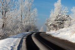 Поворот дороги зимы Стоковые Фотографии RF