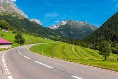 Поворот дороги в горах Стоковое Изображение RF