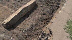 Повреждение дорожного покрытия сток-видео