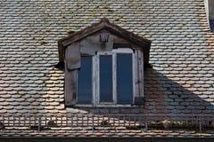 поврежденная крыша Стоковое Изображение