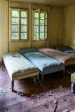 Поврежденная старая комната Стоковая Фотография RF