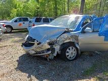 Поврежденный автомобиль внутри задерживает серию Стоковые Изображения RF