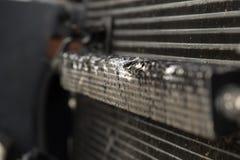 Поврежденный радиатор автомобиля Стоковая Фотография