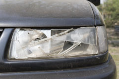 Поврежденный headlamp автомобиля Стоковые Фото
