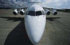 Повышенный передний широкоформатный реактивный самолет взгляда Bae-146 Стоковое фото RF