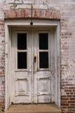 Погод-побитая дверь Стоковые Изображения RF