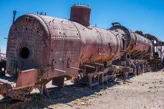 Погост поезда в боливийских квартирах соли Стоковые Фото