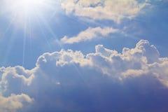 погода солнечного света неба cloudscape предпосылок Стоковые Изображения