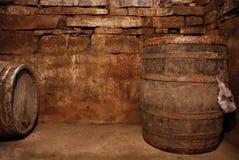 погреб фасонировал старое вино Стоковые Изображения