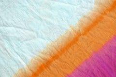 погружение картины краски связи покрасило метод на предпосылке хлопко-бумажной ткани Стоковые Изображения
