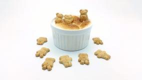 Погружение S'More с печеньем формы медведя Стоковая Фотография RF
