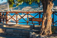 Погуляйте на заходе солнца в Hersonissos, Крите, Греции стоковая фотография